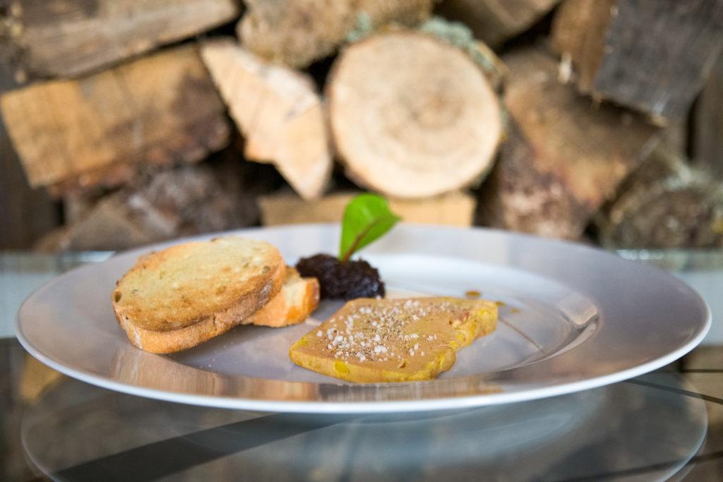 Le foie gras de canard mi-cuit